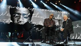 Stevie Wonder and Bill Withers perform