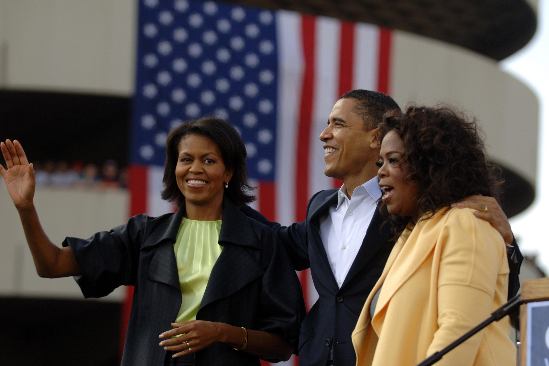 Oprah Winfrey Joins Obama On Campaign Trail