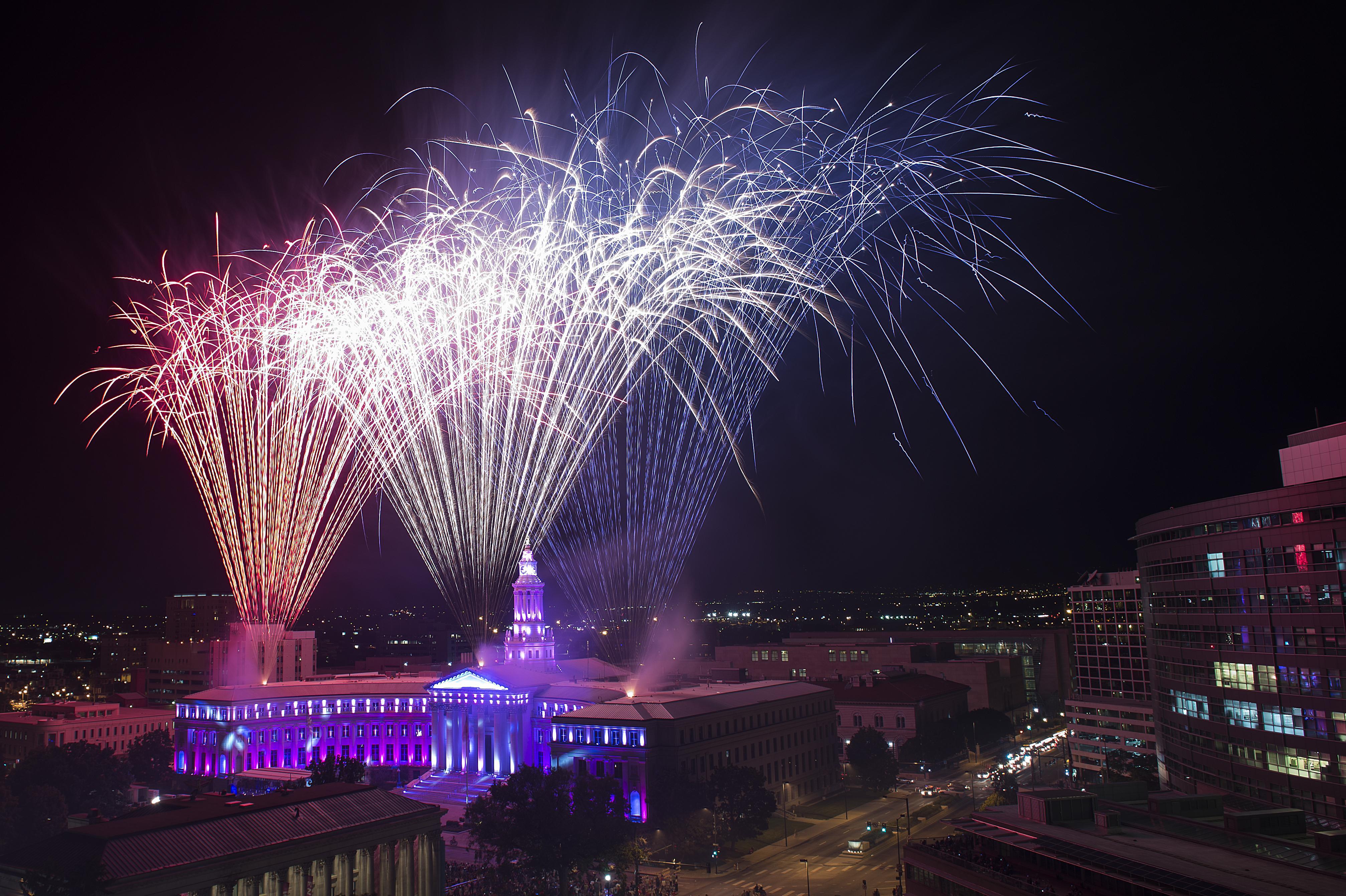 Fourth of July Fireworks in Denver 2014