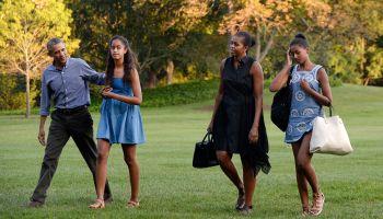 Michelle Obama, Malia Obama, Sasha Obama, Barack Obama