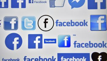 FRANCE-INTERNET-COMPANY-FACEBOOK