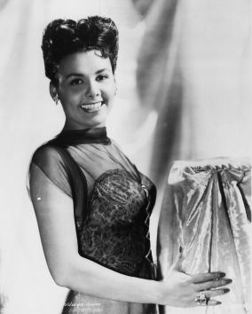 Photo of Lena HORNE