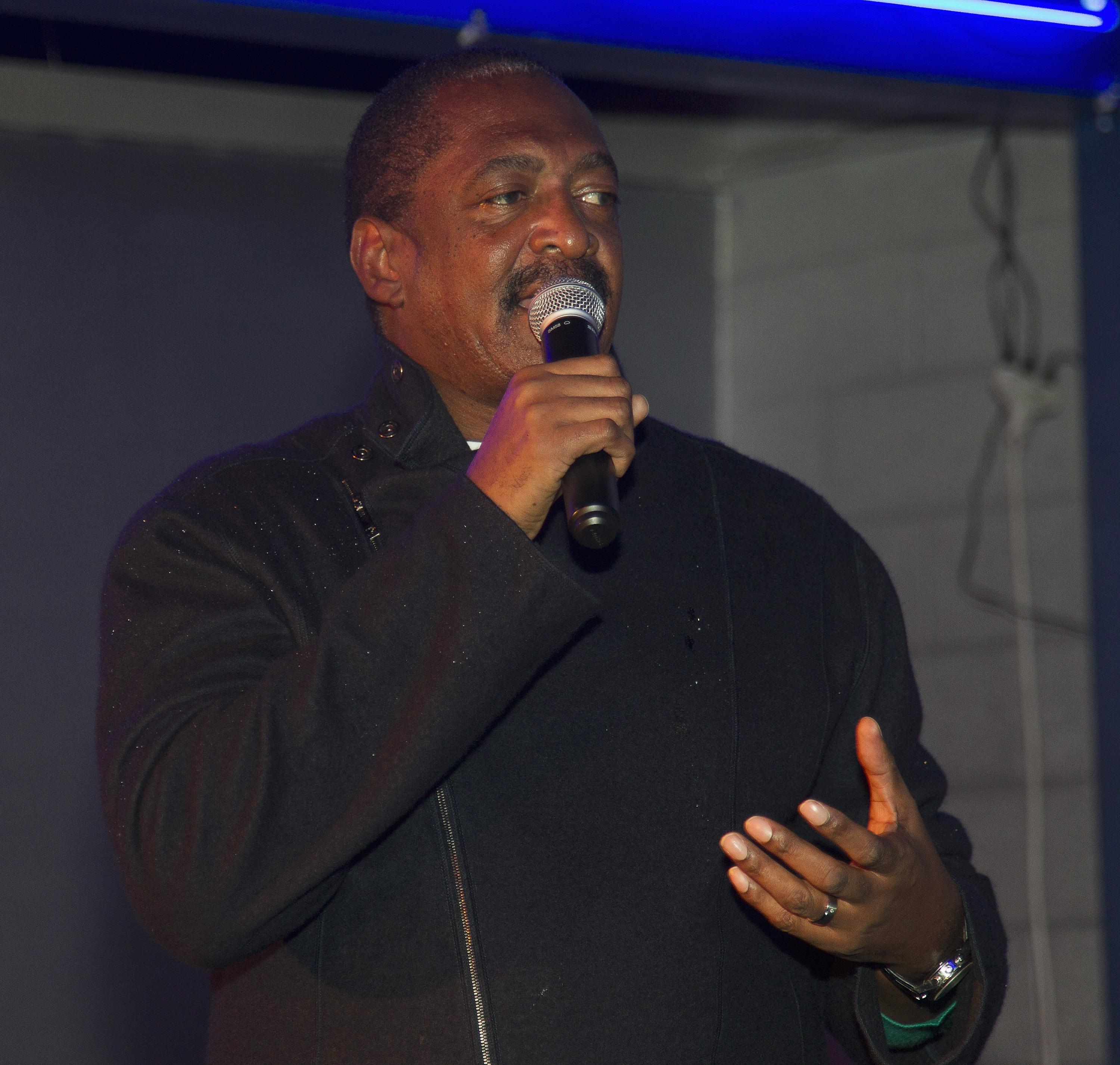 Mathew Knowles Hosts TSU Students At House of Dereon