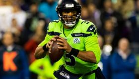 NFL: DEC 10 Vikings at Seahawks