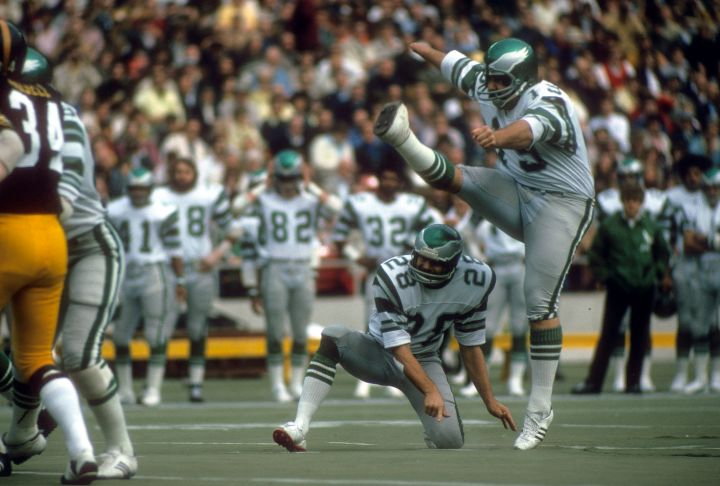 Record Breaking NFL Kicker Tom Dempsey